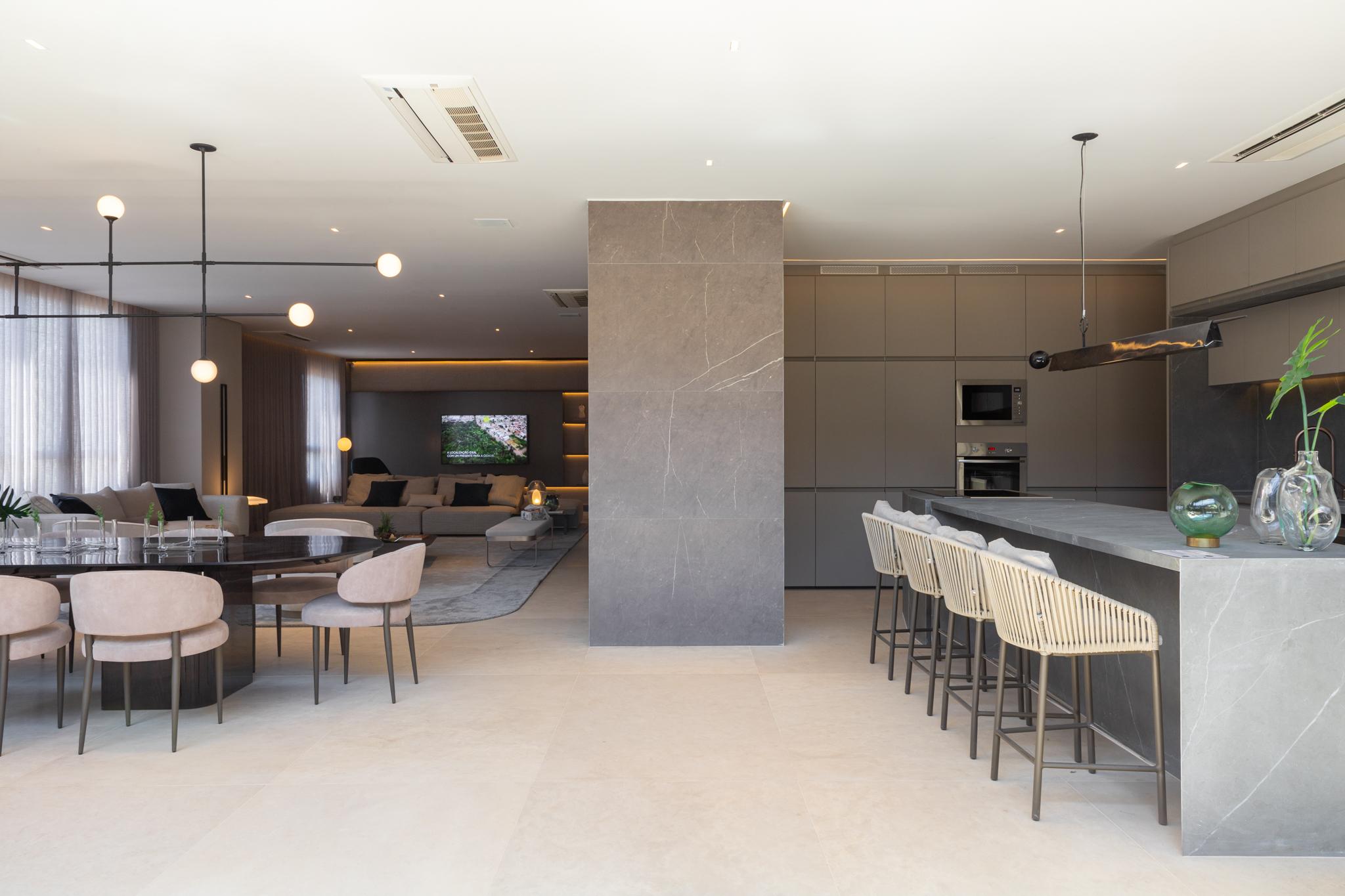 O cinza pode ser aplicado em todos os ambientes do apartamento